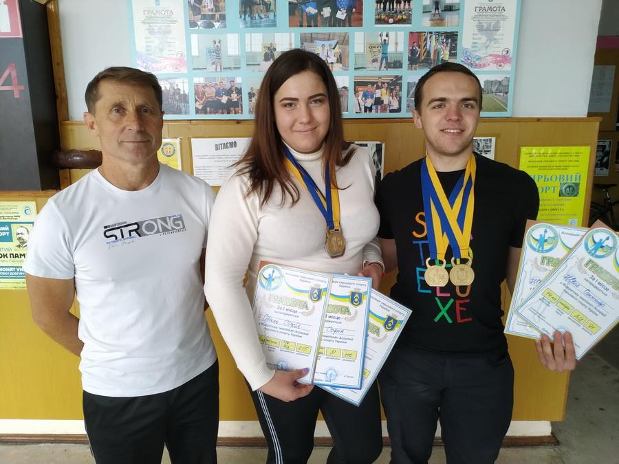 Франківські студенти-медики стали чемпіонами України з гирьового спорту (ФОТО)