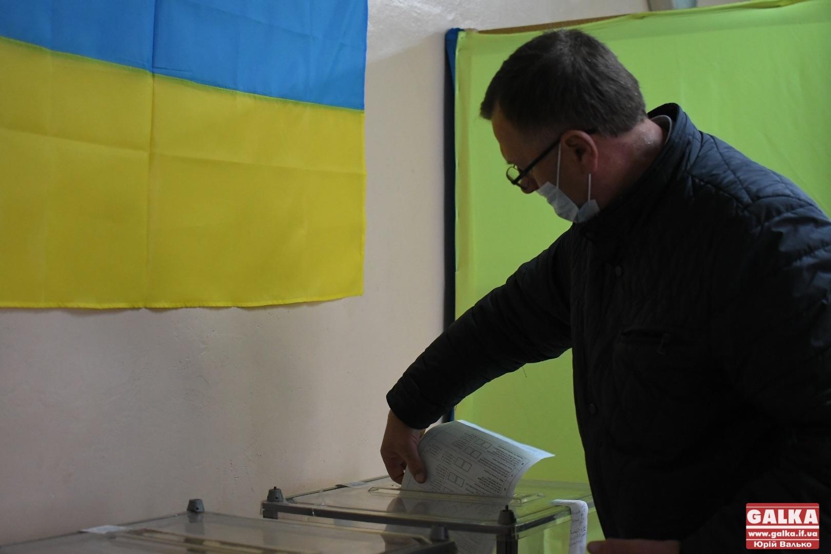 Округ №87: на дільниці комісія дала проголосувати виборцю за посвідченням водія
