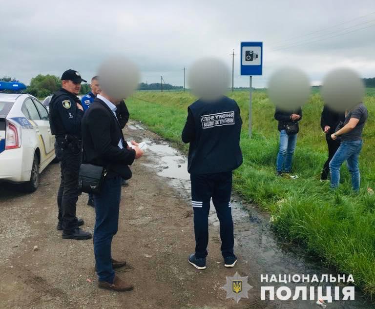 Прикарпатці на Львівщині виготовляли наркотики, а збували – поштою (ФОТО)