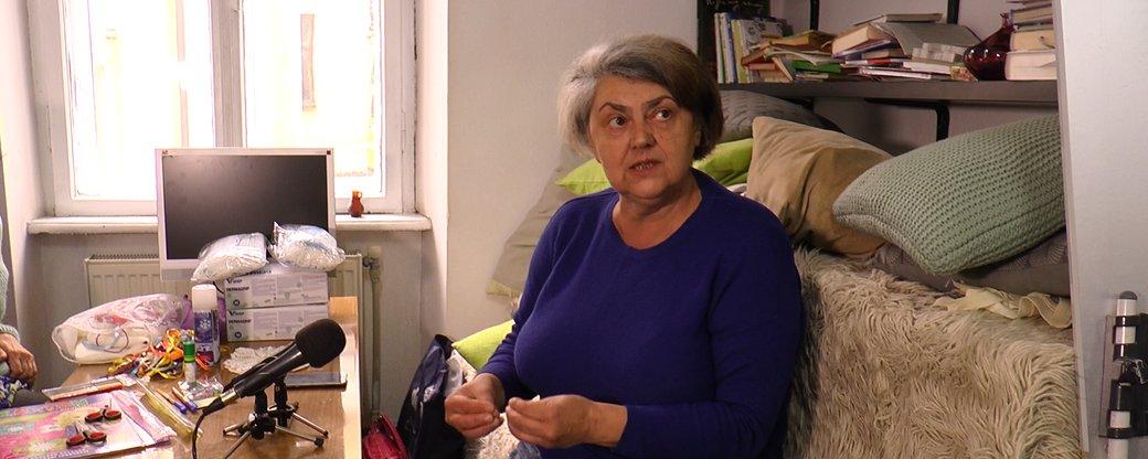 Бабуся в ролі няні: у Франківську запрацює соціальна дитяча кімната (ВІДЕО)