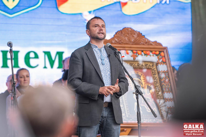 Пам'ять і правда роблять нас сильнішими, – Володимир В'ятрович