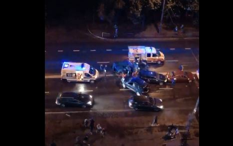 У Пасічній – масштабна аварія за участю п'яти авто, є травмовані (ВІДЕО, ФОТО, ОНОВЛЕНО)