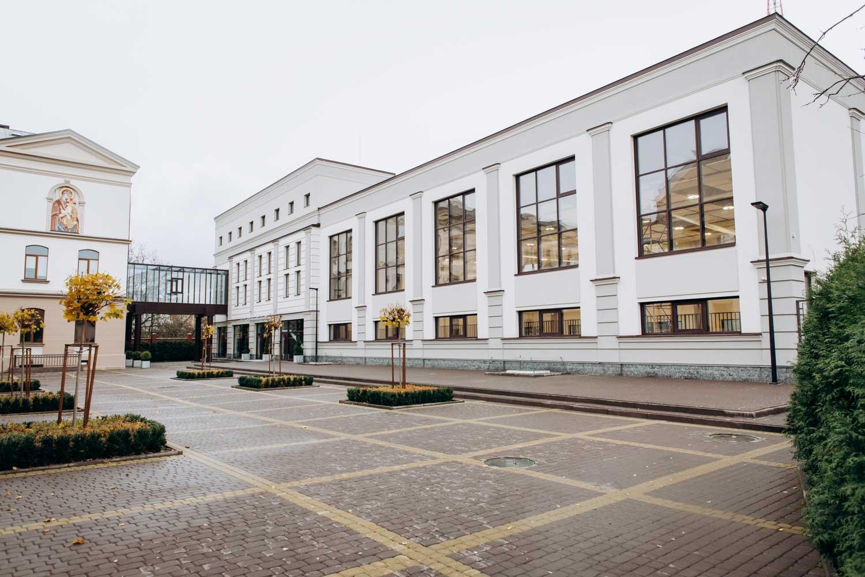 Новий корпус Католицького ліцею у Франківську планують відкрити до кінця року (ФОТО, ВІДЕО)