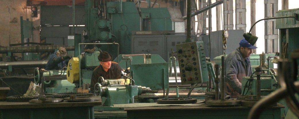 У локомотиворемонтному заводі розповіли, чому щороку боргують зарплату