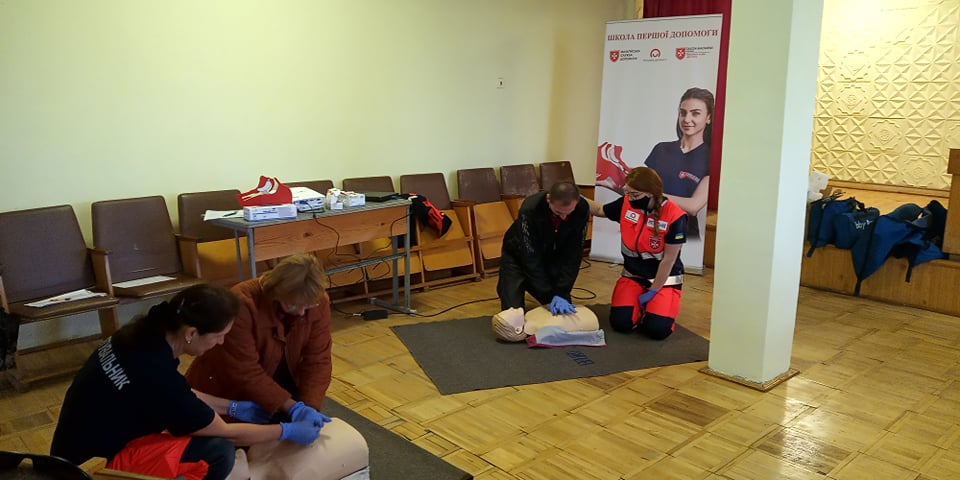 Мальтійці передали ЕАТ засоби захисту, а водіїв навчили домедичної допомоги (ФОТО)
