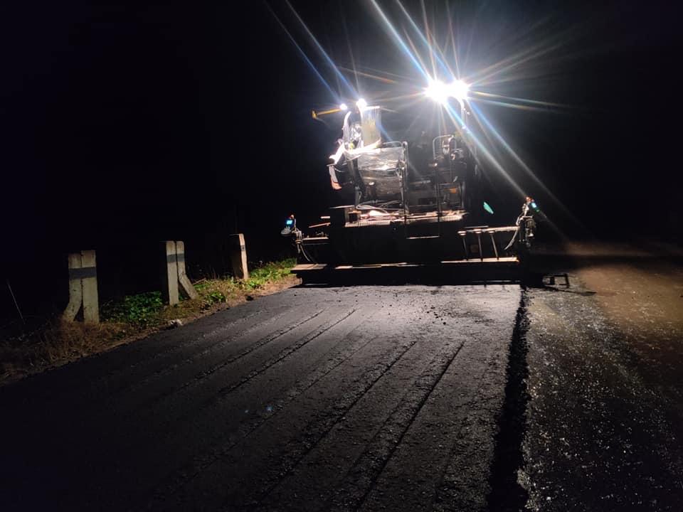 Дорогу регіонального значення ремонтують на Долинщині (ФОТО)