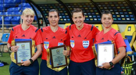 Вперше в історії офіційний футбольний матч збірних судитиме жіноча бригада, серед арбітрів – франківка