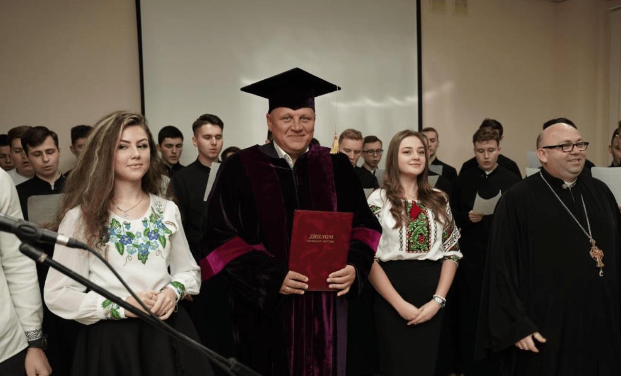 Екснардеп і підприємець Олександр Шевченко став ще й почесним доктором (ФОТОФАКТ)