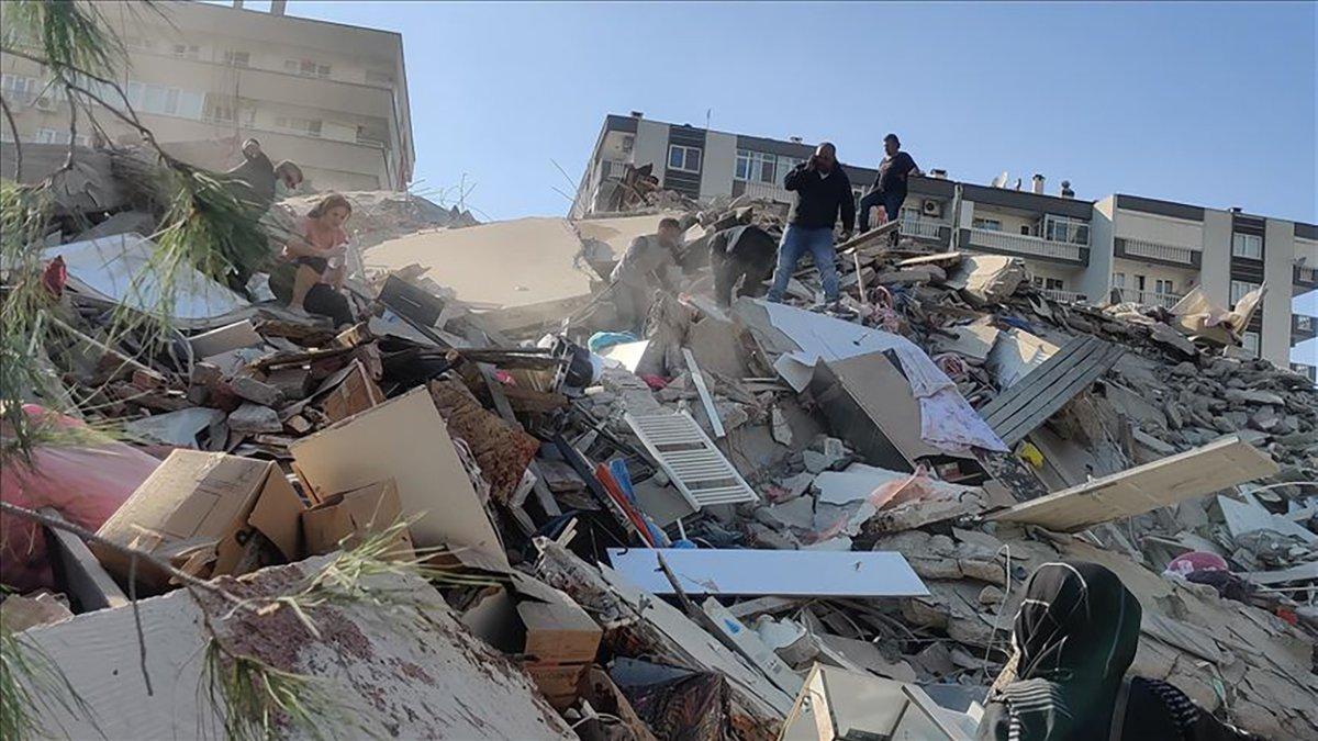 Землетрус у турецькому Ізмірі: кількість загиблих сягнула 79