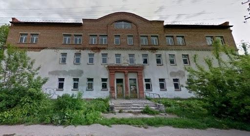 """Недобудовану лазню за """"Космосом"""" продали за понад 6 мільйонів гривень у Франківську"""