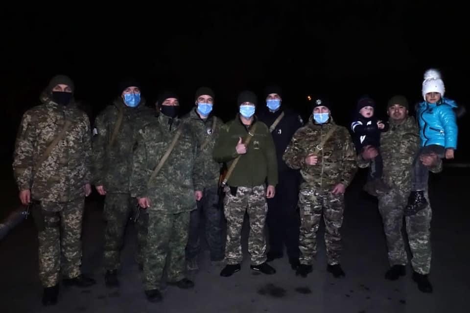 Із зони ООС повернувся зведений загін прикарпатських поліцейських (ФОТО)