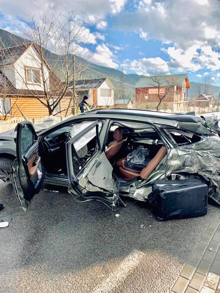 Порушили двоє водіїв, а загинула випадкова жінка-пішохід: стали відомі подробиці ДТП у Татарові (ФОТО)
