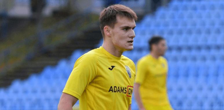 """Молодий талант: футболіста """"Прикарпаття"""" назвали відкриттям серед флангових гравців Першої ліги"""