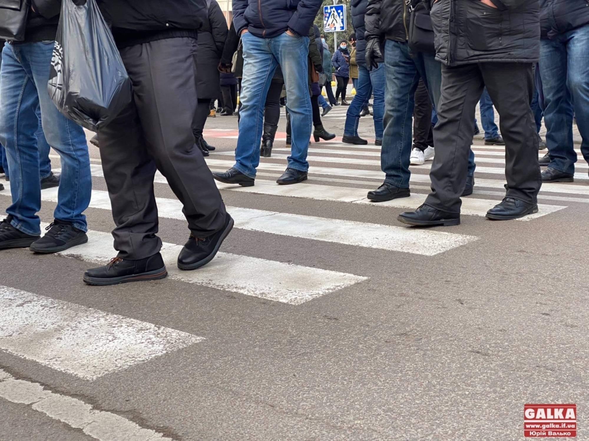 У Ямниці знову перекрили дорогу. Тролейбус №4 змінив схему руху