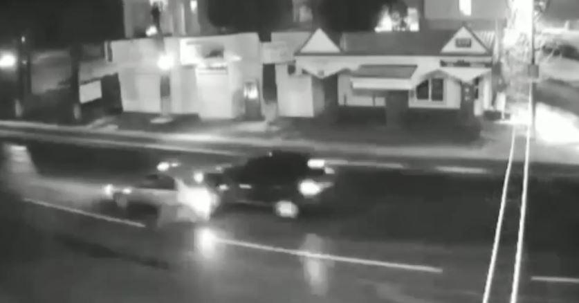 На відео потрапила ДТП, в якому постраждала шестирічна дитина і ймовірний винуватець-втікач (ВІДЕО)