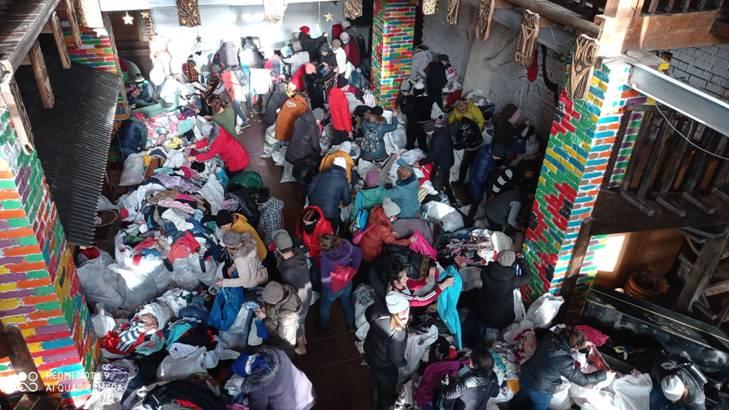 Верховинським сім'ям роздали 10 тонн гуманітарної допомоги