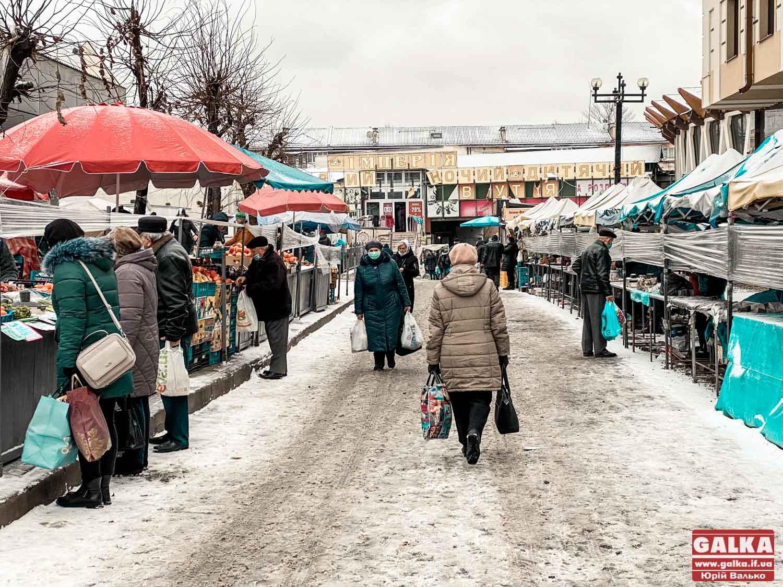"""""""Спробуємо повернути продуктовий ринок"""": міська рада створила КП """"Муніципальні ринки"""""""
