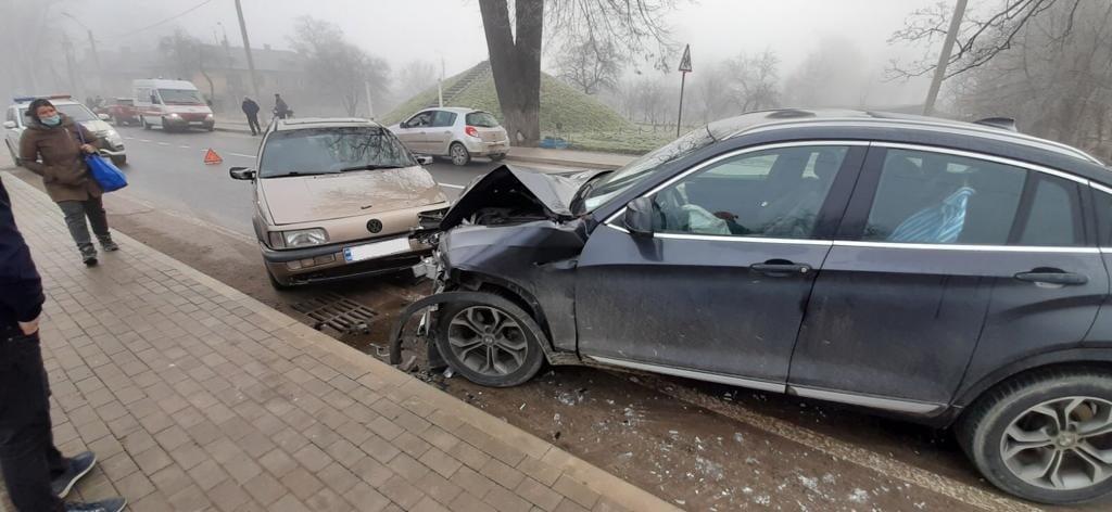 У Ланчині зіткнулися три автомобілі (ФОТО)