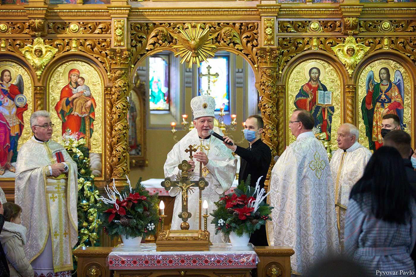Спільною молитвою в Івано-Франківську розпочався Міжнародний фестиваль «Коляда на Майзлях» (ВІДЕО)