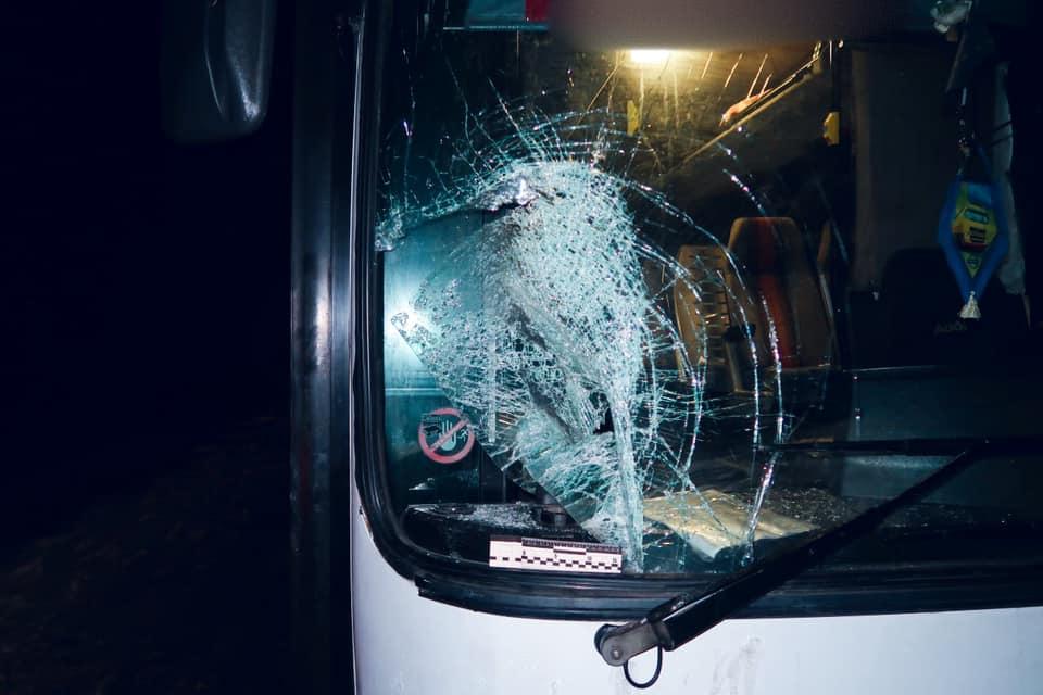 У Ямниці автобус збив чоловіка – він загинув у лікарні (ФОТО)