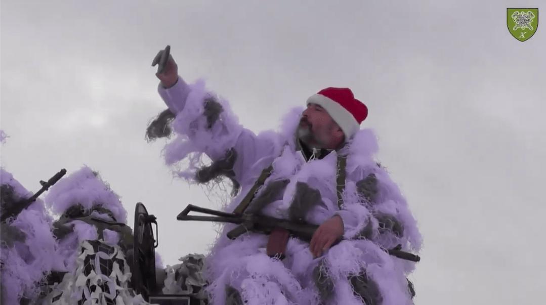 """Бійці коломийської """"десятки"""" презентували зворушливу різдвяну історію (ВІДЕО)"""