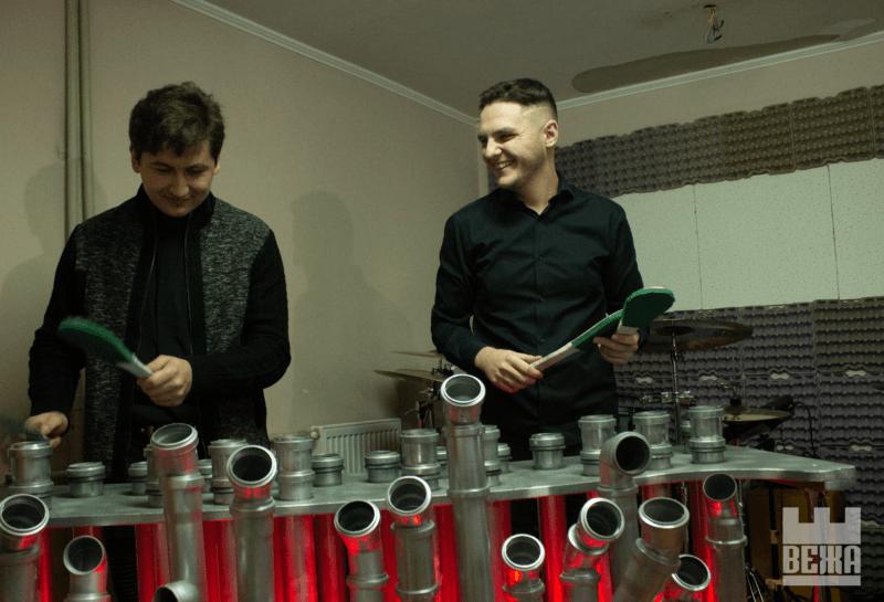 Оригінальна музика: івано-франківські музиканти першими в Україні створили та освоїли трубофон (ФОТО, ВІДЕО)