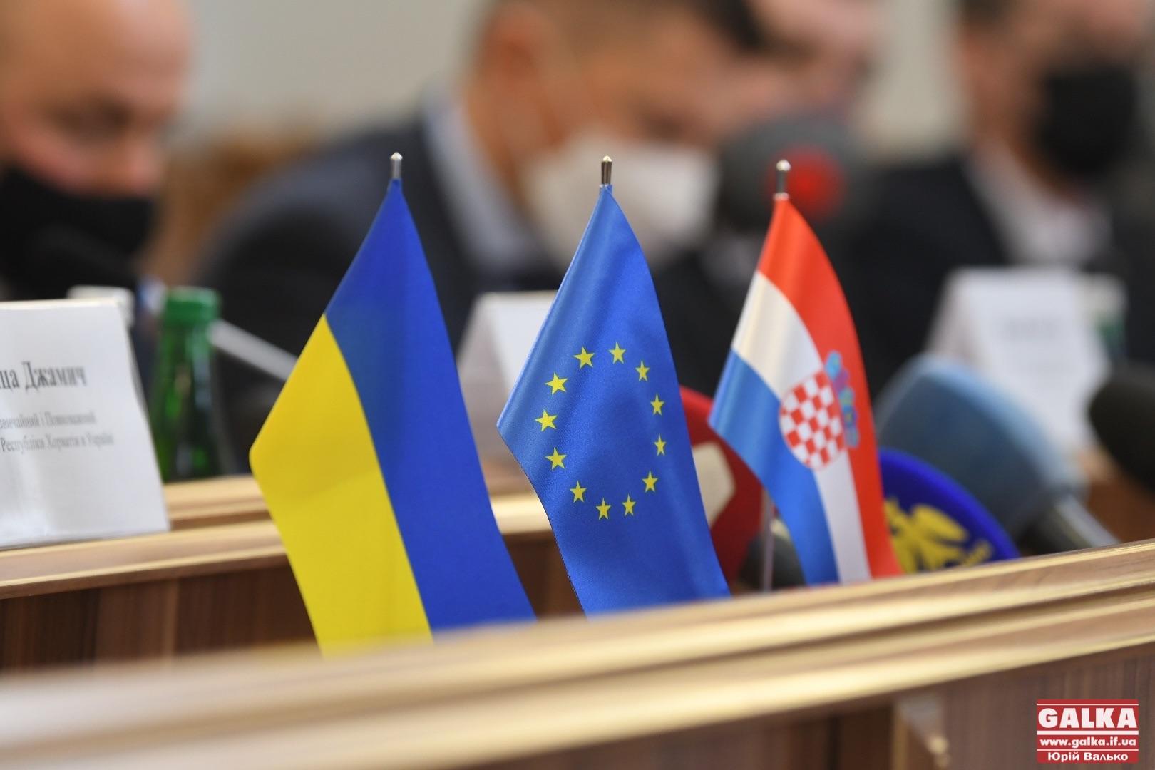 Україна та Хорватія посилюють дружбу – у Франківську відкривають почесне консульство (ФОТО)