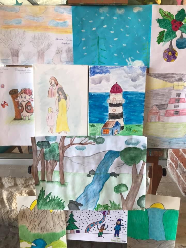 У Франківську влаштують аукціон дитячих малюнків, аби допомогти хворій дівчинці (ФОТО)