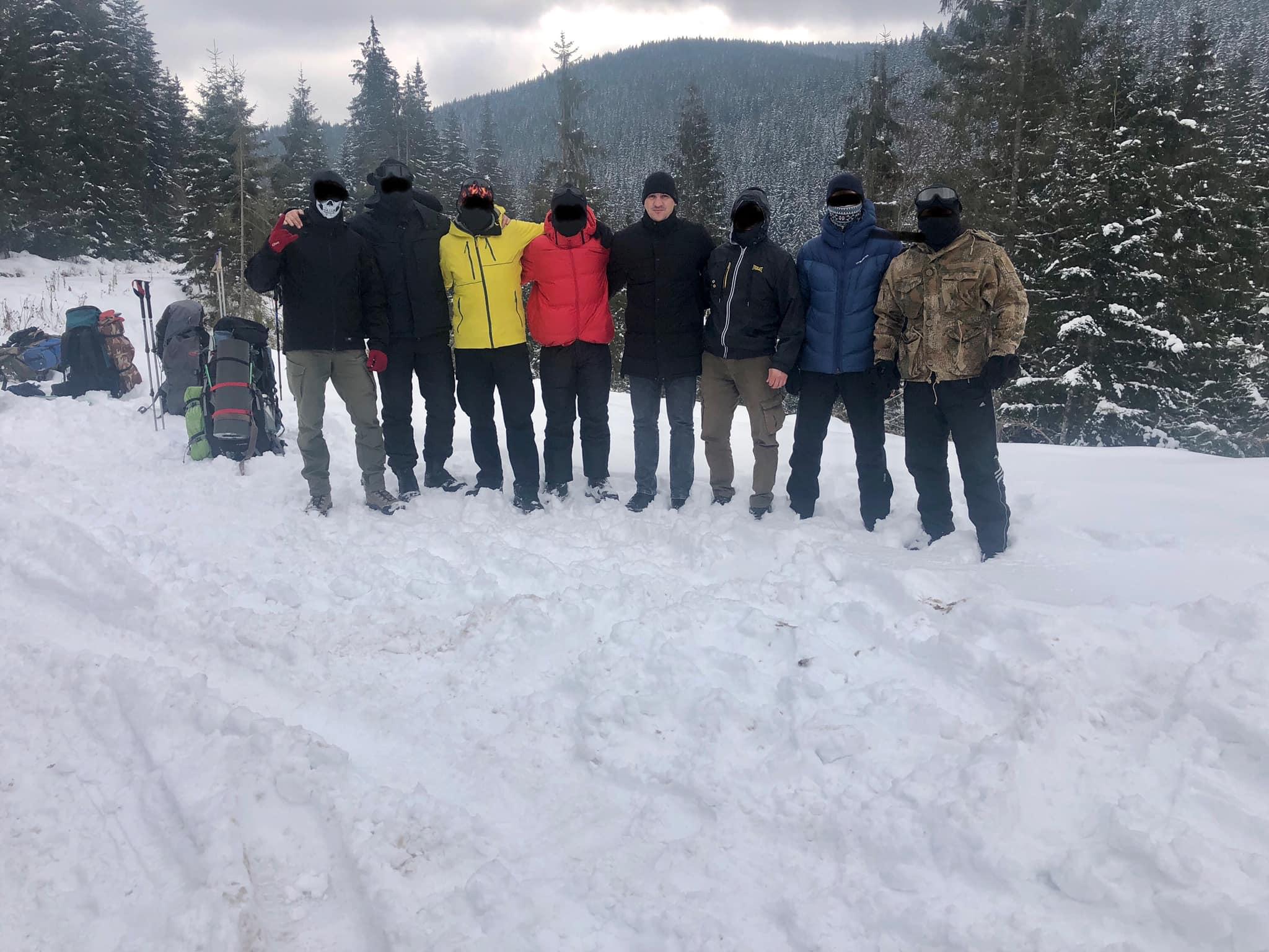 Київські спецпризначенці допоможуть шукати туриста, який зник у Карпатах шість днів тому (ФОТО)