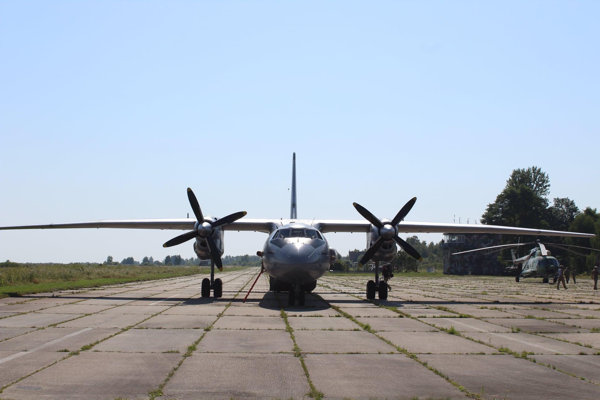 Коломийські авіатори відзначають 15-річчя військової частини. Історія летовища (ФОТО)