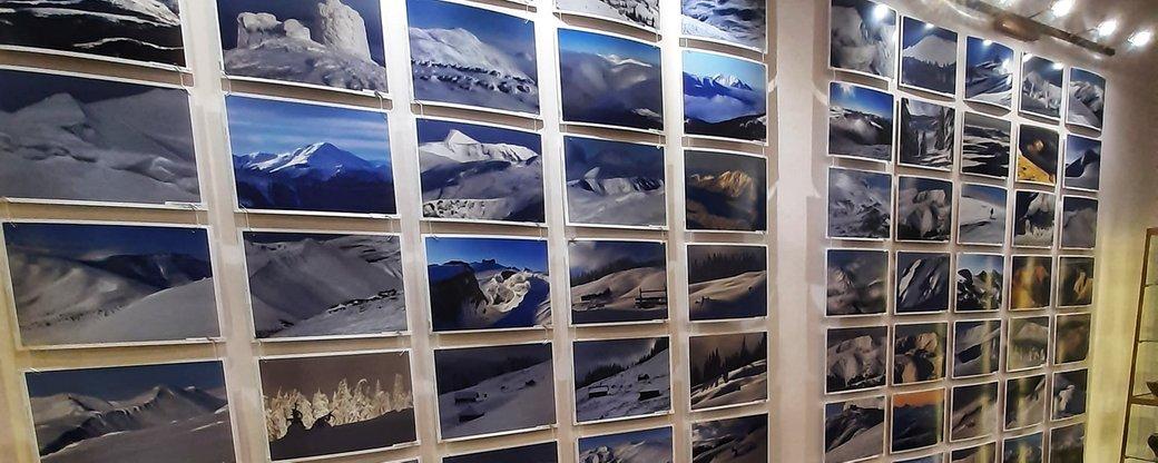 """""""Коли гори – це робота"""": прикарпатський гірський рятувальник презентував фотовиставку"""