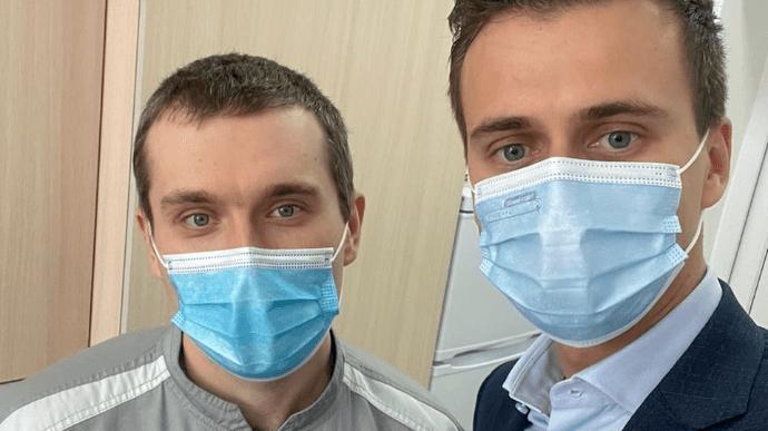 Черкаський лікар першим в Україні вакцинувався від коронавірусу