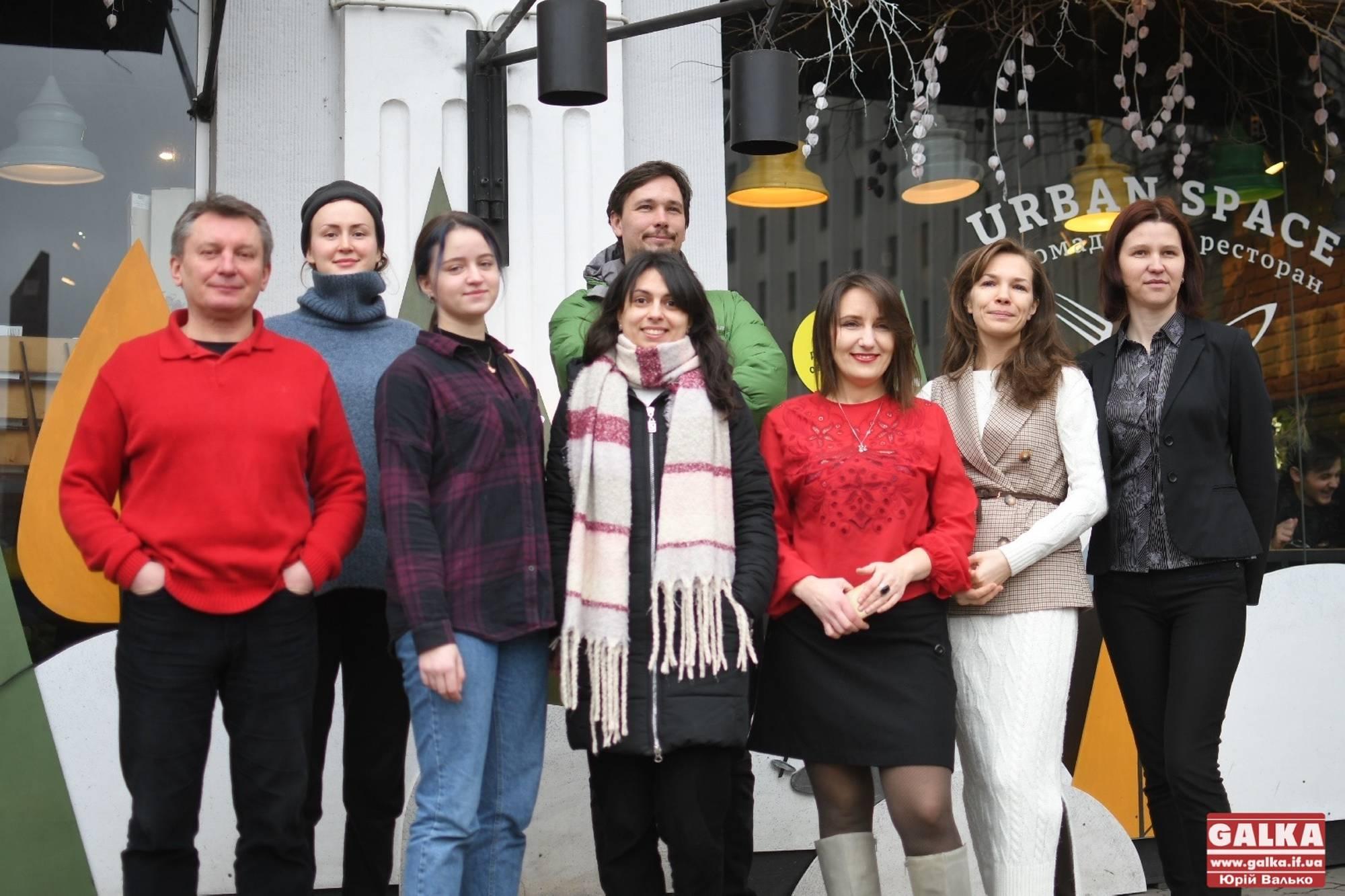 Діджитал-гід, сучасні виставки та парк «під ногами»: франківцям презентували чергові проєкти-переможці ґрантової програми Urban Space 100 (ФОТО)