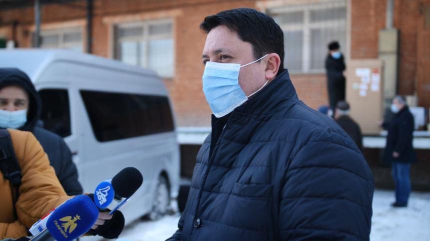 В медзаклади поїхали 11 апаратів ШВЛ, завтра – ще 115 кисневих концентраторів, – Андрій Бойчук (ФОТО, ВІДЕО)