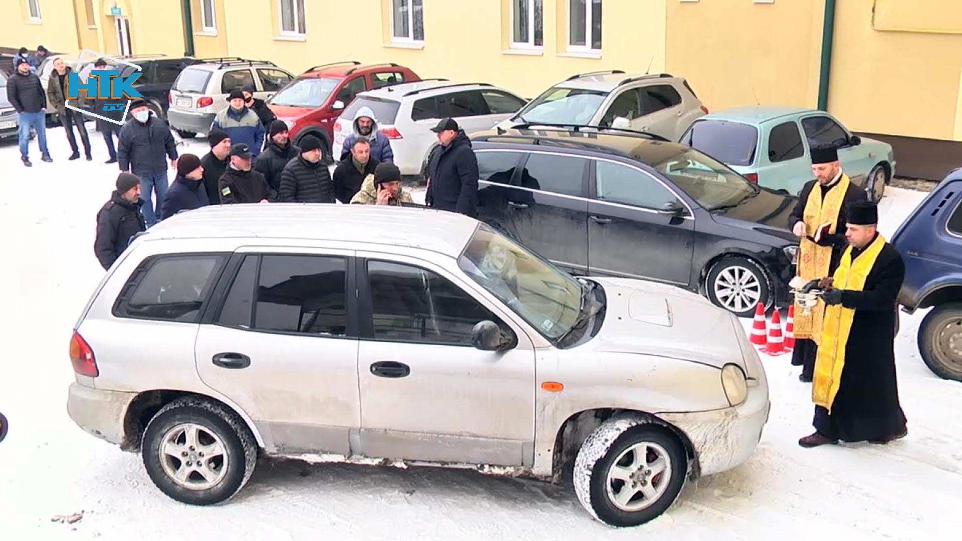 Коломийські благодійники придбали автомобіль для захисників на Сході (ВІДЕО)