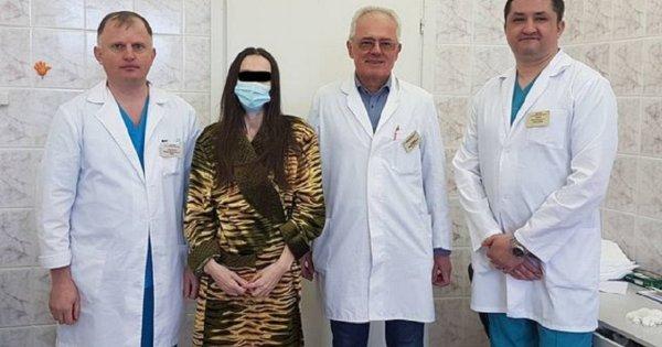 30-кілограмову пухлину видалили 47-річній прикарпатці (ФОТО)