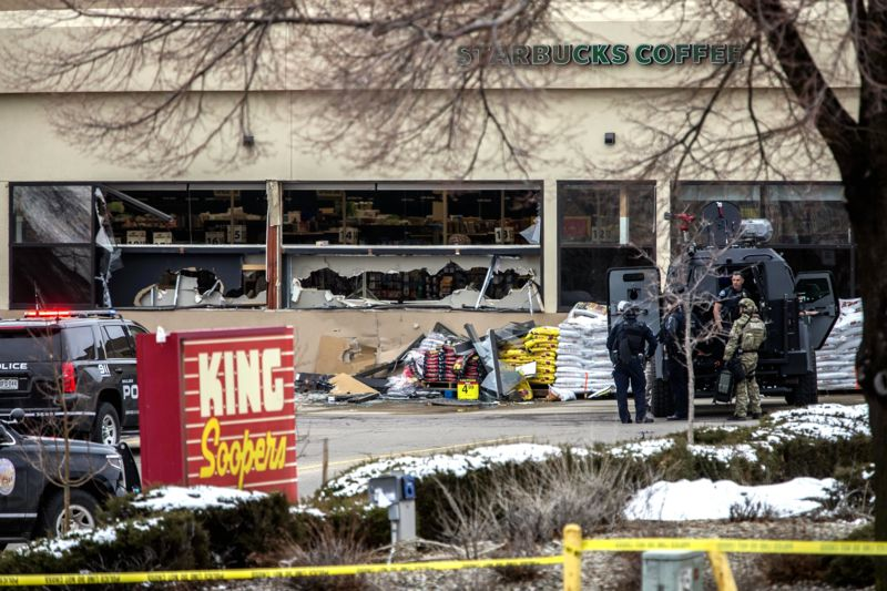 Нова стрілянина у США: в супермаркеті 10 загиблих
