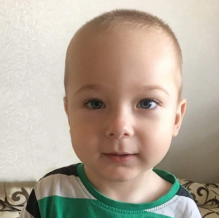 Один укол може врятувати життя: маленький Нікіта потребує допомоги у боротьбі з  спінальною м'язовою атрофією