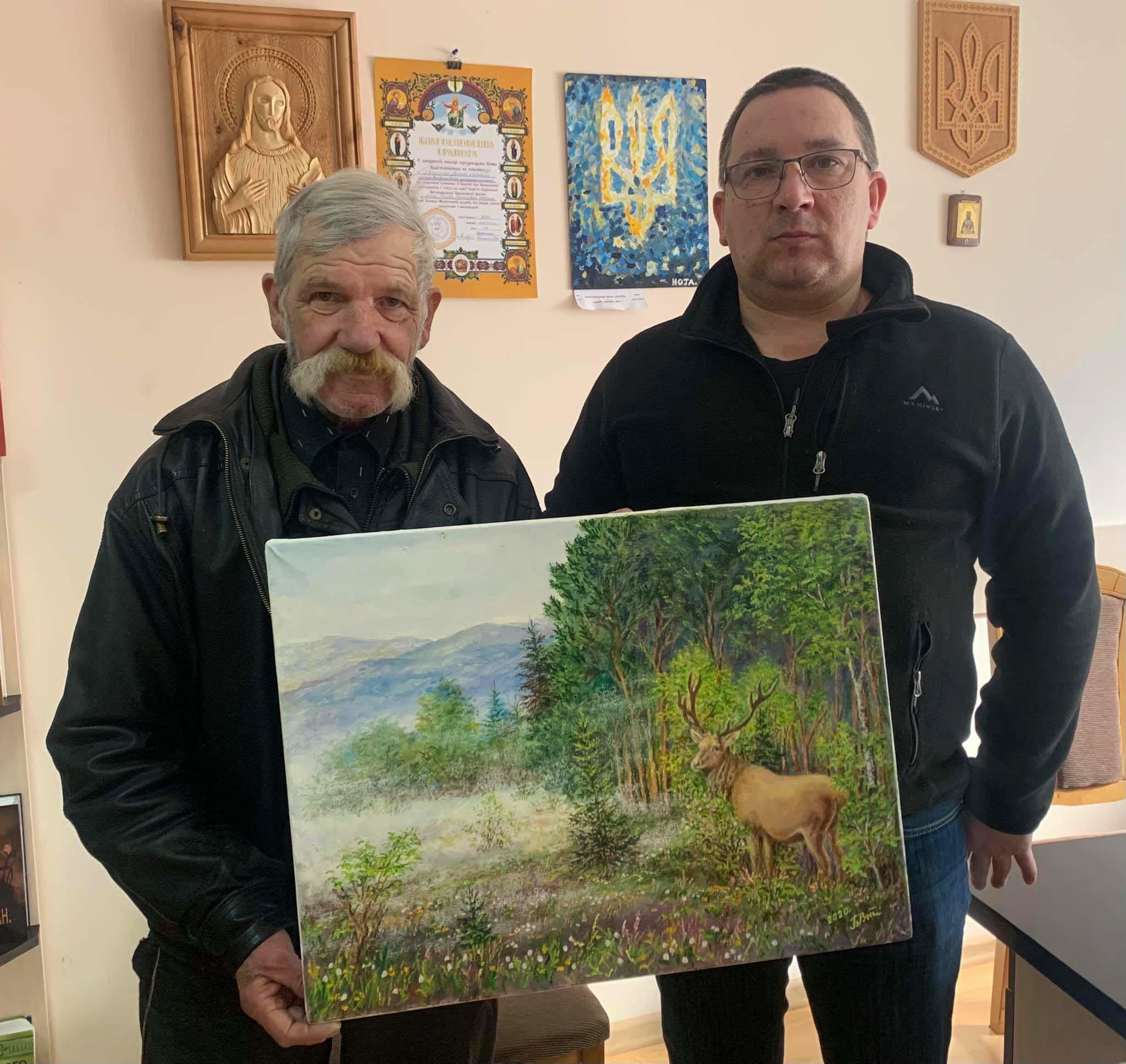 У Франківську влаштували аукціон, аби допомогти відновити зір прикарпатському художнику (ФОТО)
