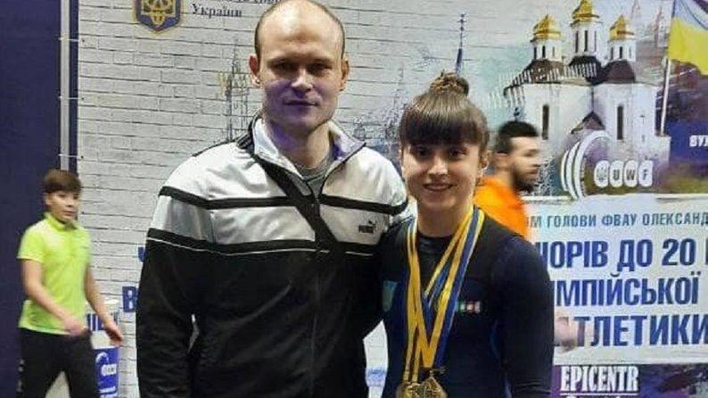 Прикарпатка стала чемпіонкою України з важкої атлетики (ФОТО)