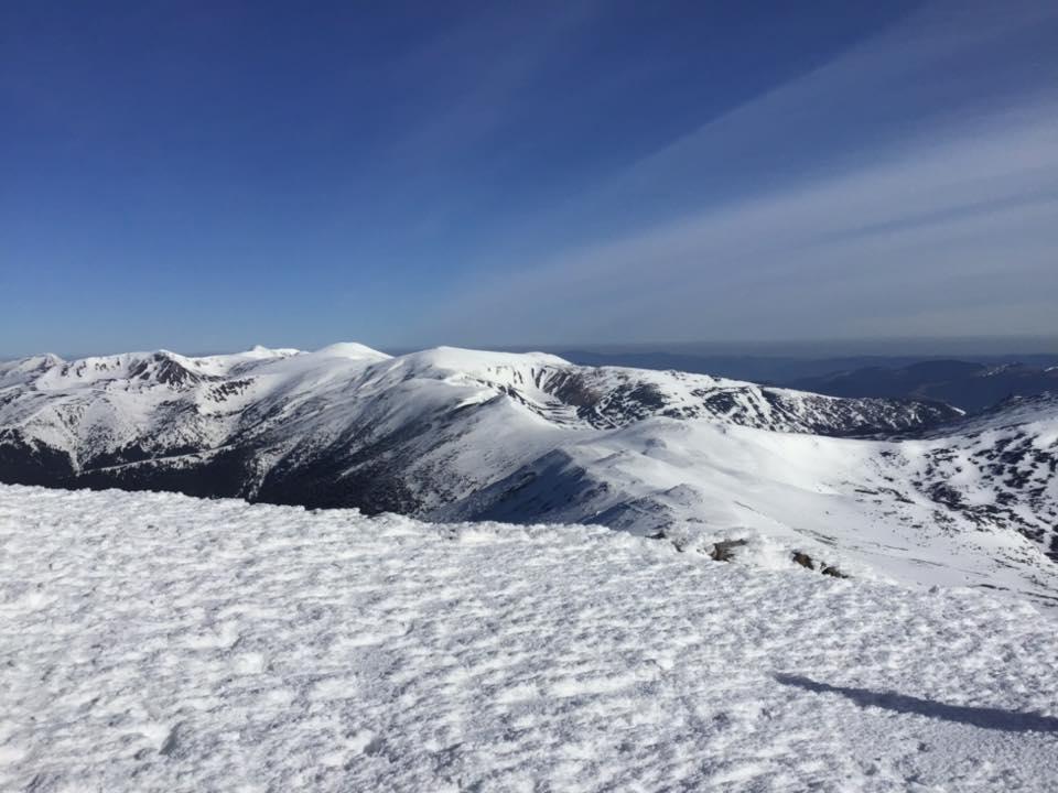 Покрив снігу у високогір'ї Карпат сягає майже двох метрів