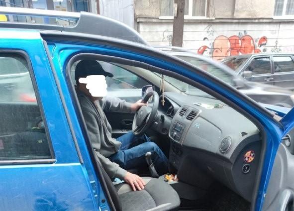 У Франківську п'яний водій збив людину, вона відмовилася від претензій (ФОТО, ОНОВЛЕНО)