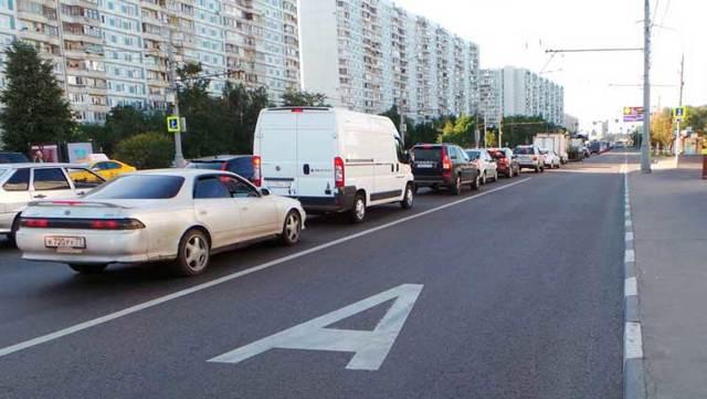 В Івано-Франківську на Тисменицькій з'явиться смуга для руху громадського транспорту