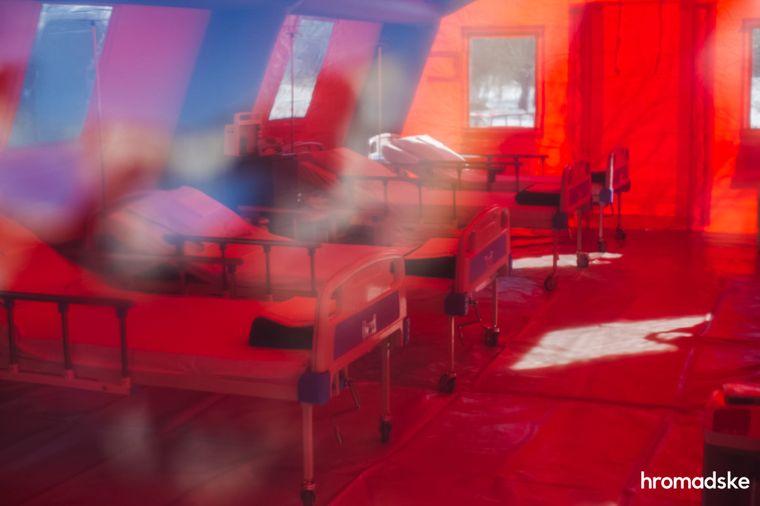 """У мобільний """"ковідний"""" шпиталь в Богородчанах поклали ще одну пацієнтку"""