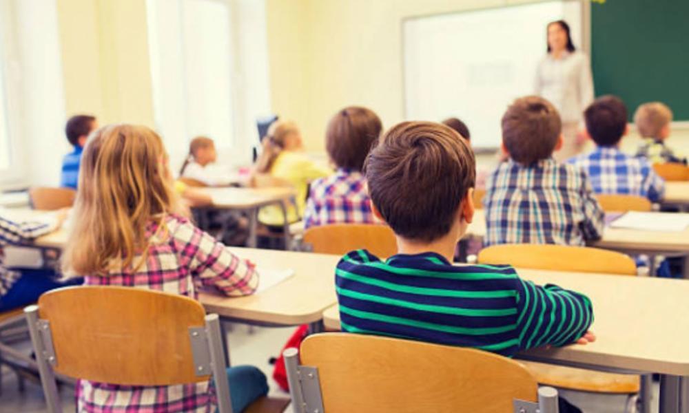 МОН планує заборонити англійську та географію у школах, бо вони підштовхують українців виїжджати за кордон