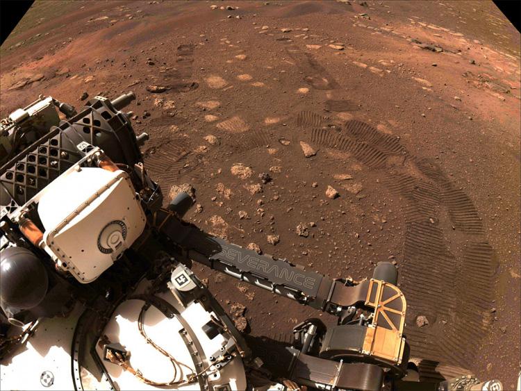 Марсохід NASA здійснив першу подорож поверхнею Червоної планети