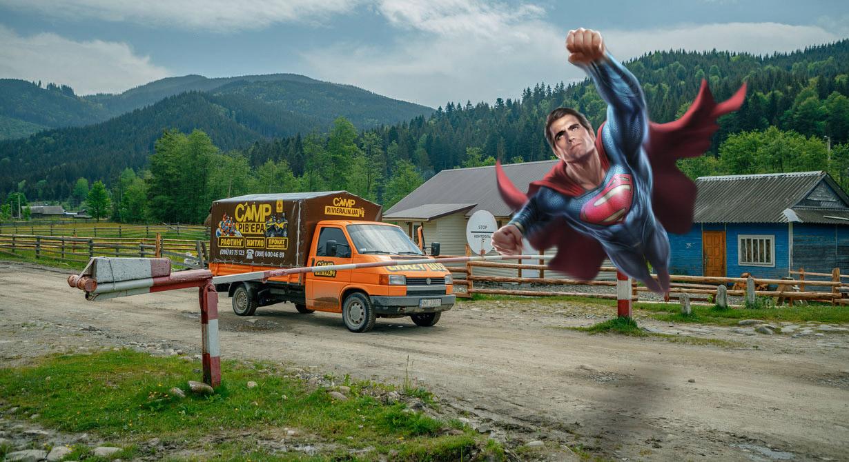 """Зак Снайдер зніме продовження """"Ліги Справедливості"""" у """"мертвому"""" селі на Прикарпатті"""