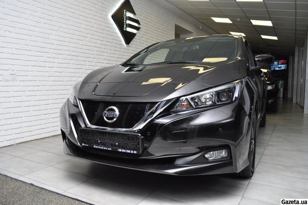 В Україні почнуть продавати новий електричний Nissan (ФОТО)