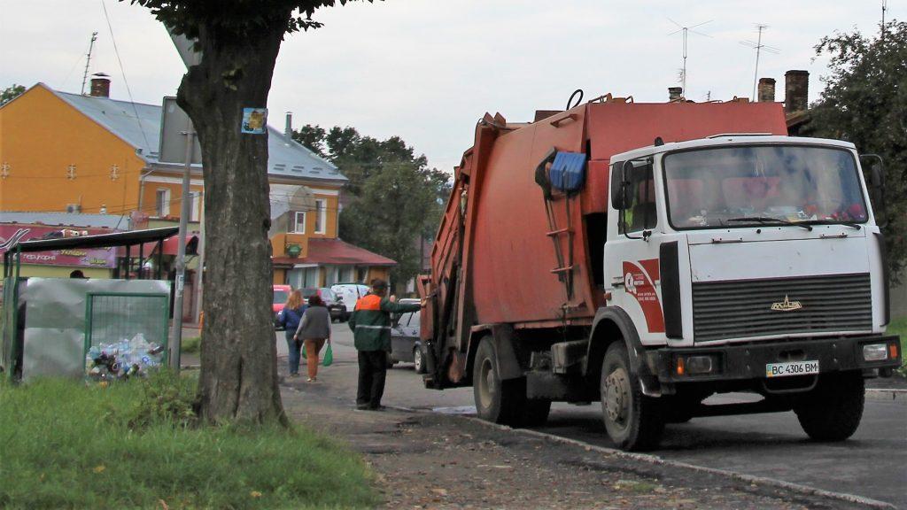 У Калуші на близько 60% зросте вартість вивезення сміття