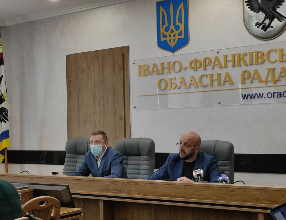 Тарас Виноградник: Політично-партійна корупція в дії, обласна рада зробила все, щоб зірвати комісію з прав людини та законності